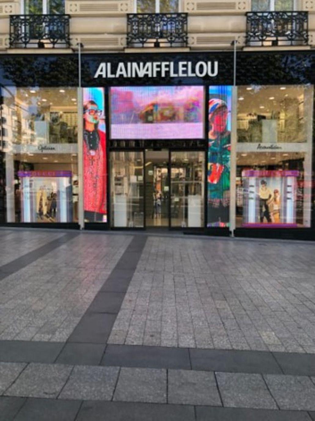 Champs Elysées Avenue Opticien 104 75008 Afflelou Des Paris vnw8y0PmNO