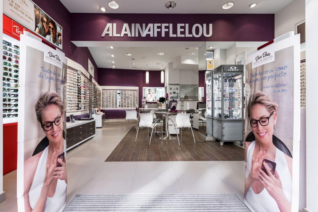 Pide cita en tu óptica para una revisión visual premium o para descubrir  nuestras gafas. ¡No esperes más! 5fcd13b4a4fa